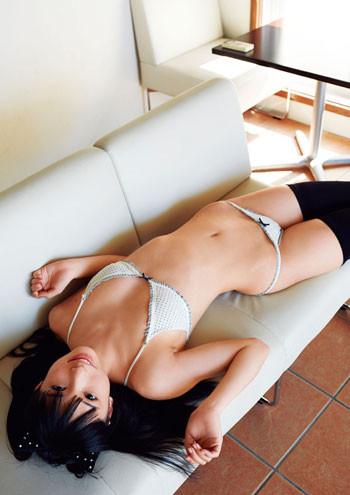 プリケツすぎるJKアイドル鶴巻星奈ちゃんの水着姿が可愛すぎると話題!