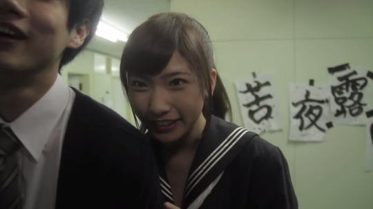 元AKB48森川彩香ちゃんが主演映画でセクシー下着姿を披露!ポルノ映画顔負けだと話題!
