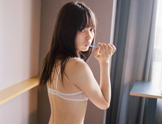 超美人ハーフモデル・八木アリサちゃんの下着姿がエロすぎると話題!
