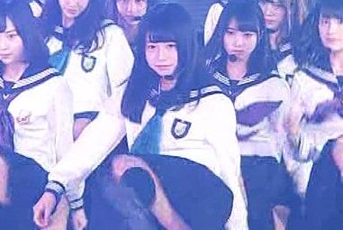欅坂46長濱ねるちゃんの純白処女パンティーがエロすぎると話題に!GIF動画あり