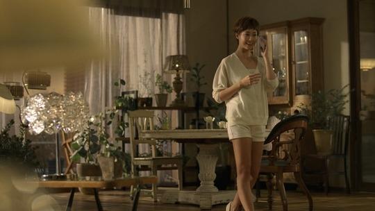 沢尻エリカさんの最新ベリーショート姿が美しすぎると話題!