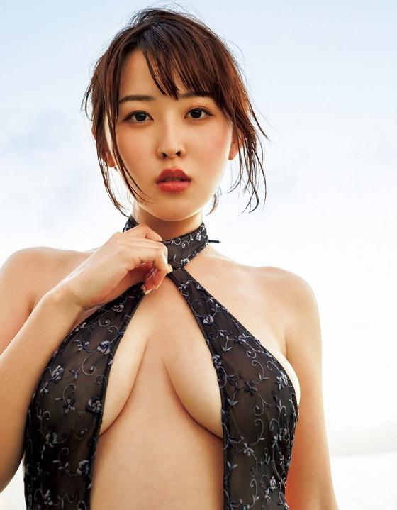 現役女子大生グラドル忍野さらちゃんのGカップ水着グラビアが極上すぎると話題に!