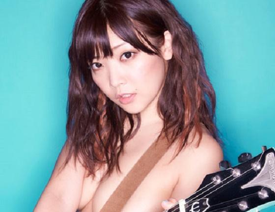 脱げる歌手こと藤田恵名ちゃんがセミヌードに!これは可愛すぎる!