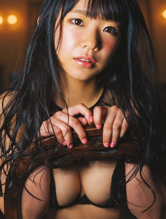 女子小学生にしか見えない合法ロリグラドル長澤茉里奈ちゃんの最新水着グラビアがエロすぎる