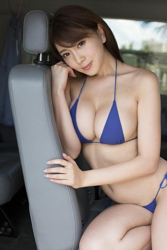 Gカップグラドル森咲智美(25)ちゃんの最新IVがAV顔負けのエロさだと話題に