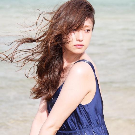 深田恭子さん(35)がエッチな太もも画像をInstagramにアップしエロすぎると話題に