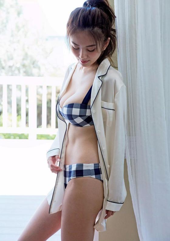 キャスター史上もっとも抜けるカラダを持つ伊東紗冶子さんのFカップおっぱいがエロすぎる